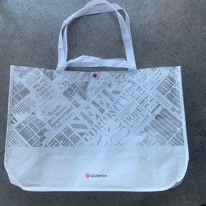 New LULULEMON 20 Year Manifesto White Reusable Bag